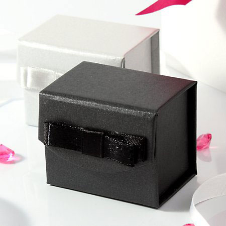 Snap Favour Boxes - Black and White