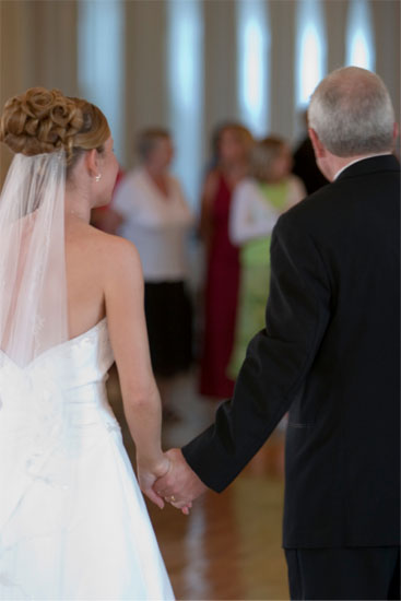 Bride & Father Walking down the Aisle #Wedding