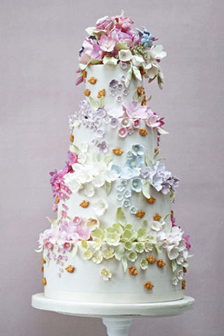 edible wedding cake flowers uk 5 wedding cake trends guaranteed to amaze guests in 2018 13920