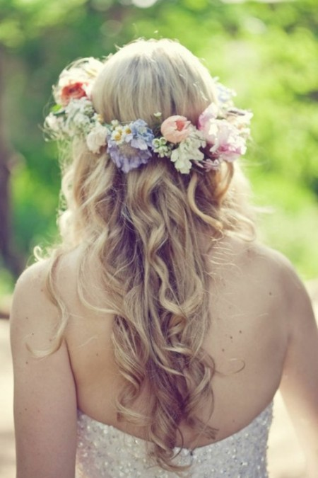 Bohemian-Wedding-Hairstyle-for-summer-flowers